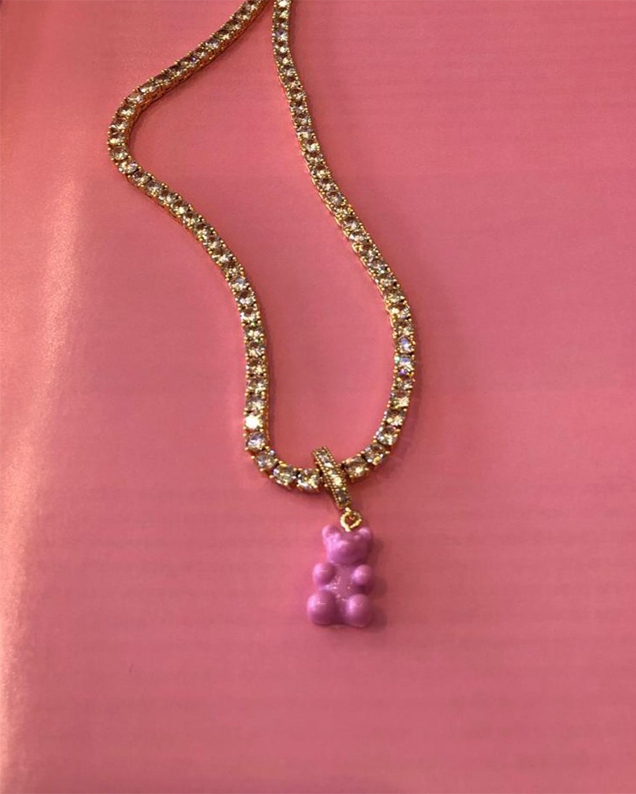 SERENA CHAMPAGE CHAIN WITH LAVENDER BEAR PAVE GUMMY CONNECTOR