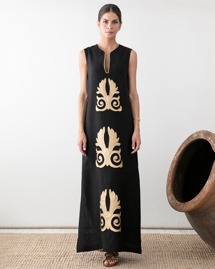 AKROKERAMO CUT EMBROIDERED SLEEVELESS LONG KAFTAN