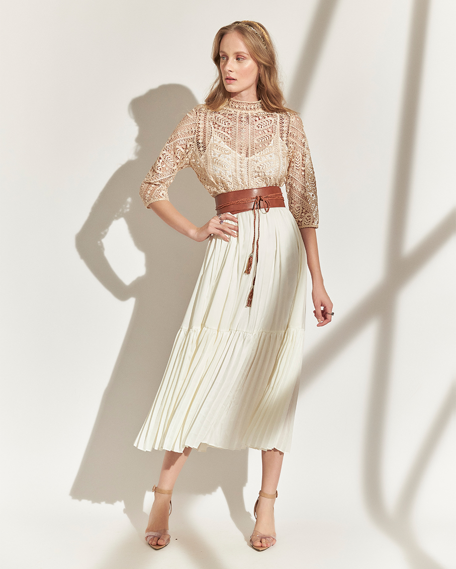 PLEATED DRESS WITH BELT BUTTER