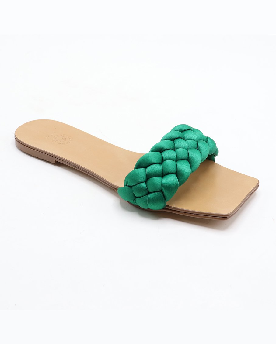 A HAND BRAIDED STRAPS FLATS WITH A SQUARE TOE_SATIN-EMERALD